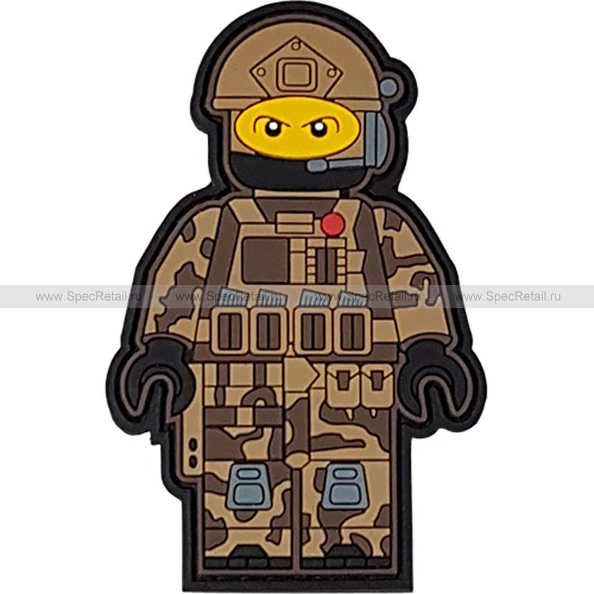 """Шеврон ПВХ """"Лего воин"""", тан, 5.5x8.5 см"""