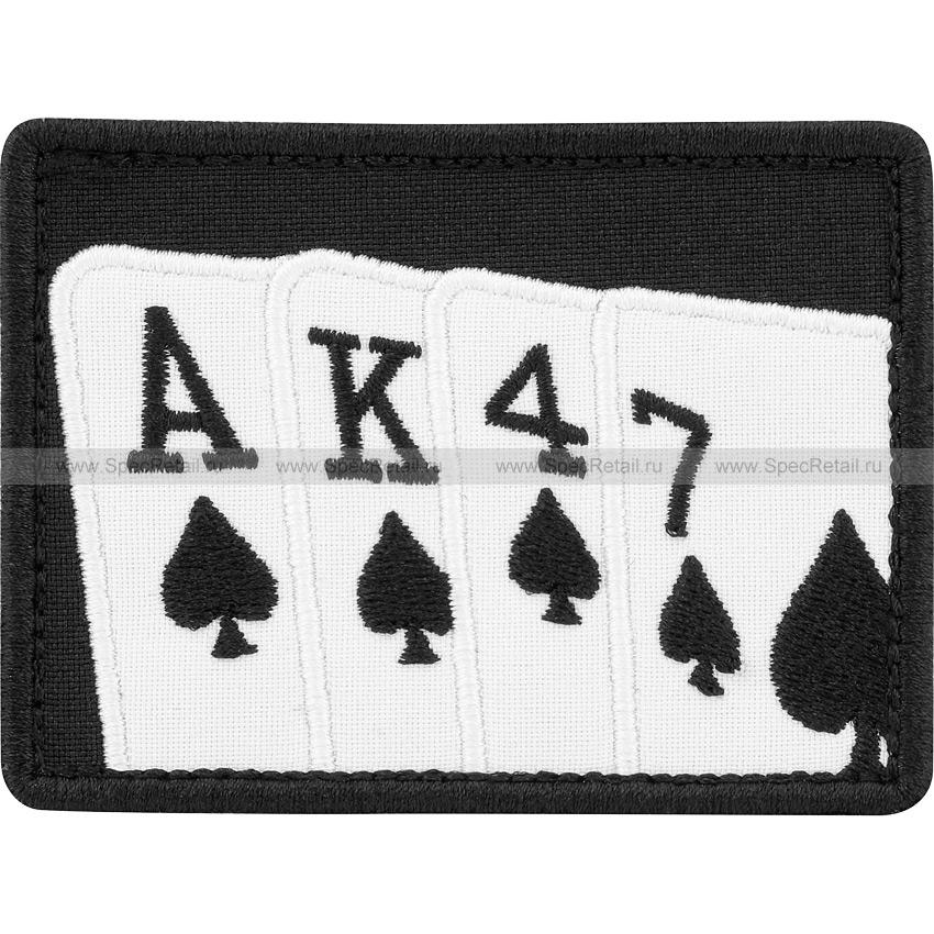 """Шеврон текстильный """"Карточная масть. Пики. AK47"""", черный, 7.9x6 см"""